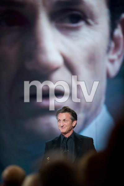 """The 81st Annual Academy Awards"" (Telecast)Sean Penn02-22-2009Photo by Michael Yada © 2009 A.M.P.A.S. - Image 23704_0604"
