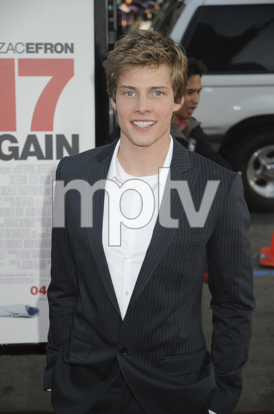 """17 Again"" PremiereHunter Parrish4-14-2009 / Grauman"