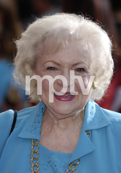"""""""The Proposal"""" (Premiere)Betty White06-01-2009 / El Capitan Theatre / Hollywood, CA / Touchstone Pictures / Photo by Andrew Howick - Image 23739_0021"""