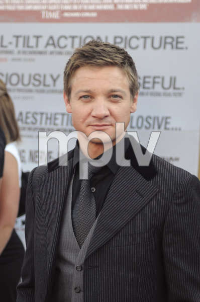 """""""The Hurt Locker"""" PremiereJeremy Renner6-5-2009 / Egyptian Theater / Hollywood, CA / Summit Entertainment / Photo by Heather Holt - Image 23744_0040"""