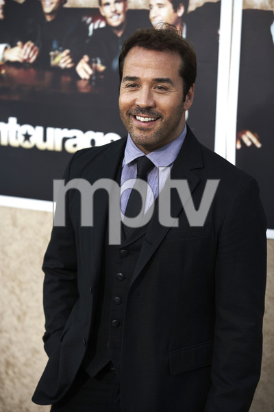 """Entourage"" Premiere Jeremy Piven7-9-2009 / The Paramount Theater / Hollywood, CA / Paramount Pictures / Photo by Benny Haddad - Image 23752_0111"