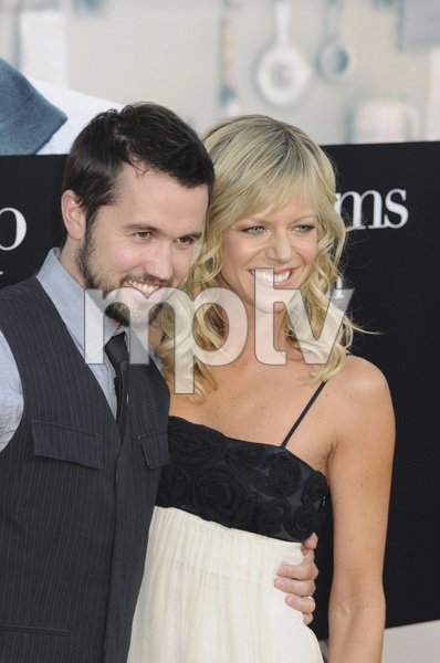 """Julie & Julia"" Premiere  Kaitlin Olson & Rob McElhenney7-27-2009 / Mann Village Theater / Westwood, CA / Sony Pictures / Photo by Heather Holt - Image 23754_0170"