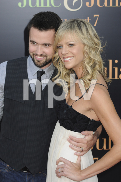 """""""Julie & Julia"""" Premiere Kaitlin Olson & Rob McElhenney7-27-2009 / Mann Village Theater / Westwood, CA / Sony Pictures / Photo by Heather Holt - Image 23754_0172"""