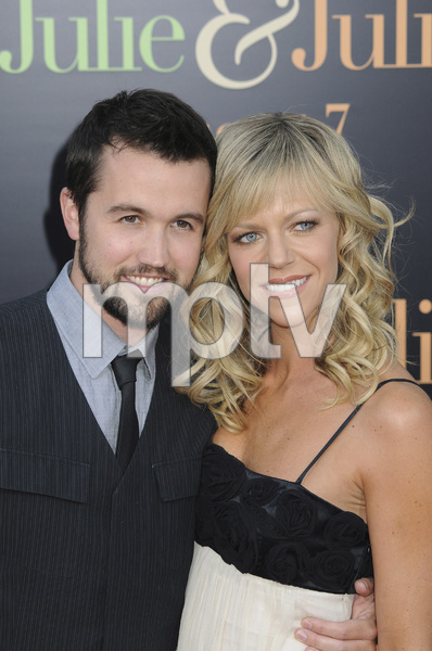 """Julie & Julia"" Premiere Kaitlin Olson & Rob McElhenney7-27-2009 / Mann Village Theater / Westwood, CA / Sony Pictures / Photo by Heather Holt - Image 23754_0177"