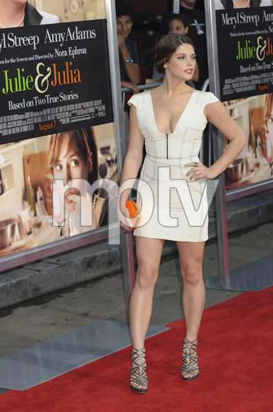 """""""Julie & Julia"""" Premiere Ashley Greene7-27-2009 / Mann Village Theater / Westwood, CA / Sony Pictures / Photo by Heather Holt - Image 23754_0239"""