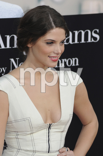 """""""Julie & Julia"""" Premiere Ashley Greene7-27-2009 / Mann Village Theater / Westwood, CA / Sony Pictures / Photo by Heather Holt - Image 23754_0241"""