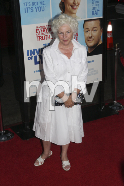 """The Invention of Lying"" Premiere Fionnula Flanagan9-21-2009 / Grauman"