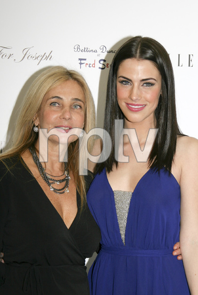 For Joseph 2009 Holiday Launch Party Bettina Duncan, Jessica Lowndes 12-12-2009 / Bettina Duncan at Fred Segal / Santa Monica CA / Photo by Heather Hixon - Image 23846_0006