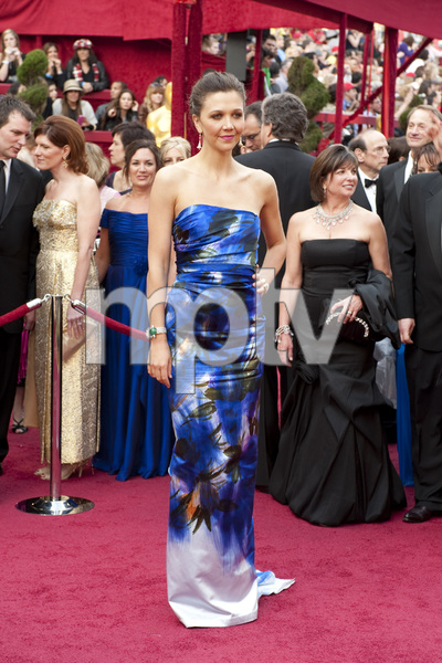 """""""The Academy Awards - 82nd Annual"""" (Arrivals)Maggie Gyllenhaal3-7-2010Photo by Greg Harbaugh © 2010 A.M.P.A.S. - Image 23908_0254"""