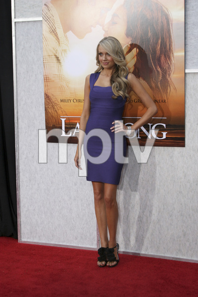 """""""The Last Song"""" PremiereMelissa Ordway3-25-2010 / Arclight Theater / Hollywood CA / Touchstone Pictures / Photo by Heather Hixon - Image 23914_0040"""
