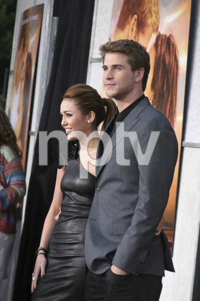"""""""The Last Song"""" PremiereMiley Cyrus, Liam Hemsworth3-25-2010 / Arclight Theater / Hollywood CA / Touchstone Pictures / Photo by Heather Hixon - Image 23914_0146"""