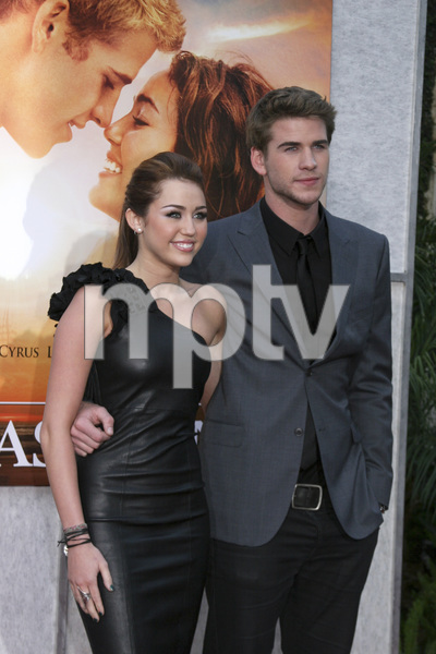 """""""The Last Song"""" PremiereMiley Cyrus, Liam Hemsworth3-25-2010 / Arclight Theater / Hollywood CA / Touchstone Pictures / Photo by Heather Hixon - Image 23914_0165"""
