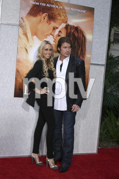 """The Last Song"" PremiereTish Cyrus, Billy Ray Cyrus3-25-2010 / Arclight Theater / Hollywood CA / Touchstone Pictures / Photo by Heather Hixon - Image 23914_0182"