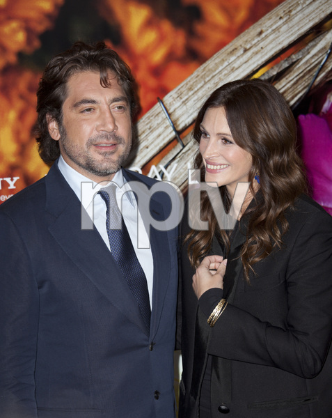 """Eat Pray Love"" Premiere Julia Roberts, Javier Bardem8-10-2010 / Ziegfeld Theater / New York NY / Columbia Pictures / Photo by Lauren Krohn - Image 23957_0021"