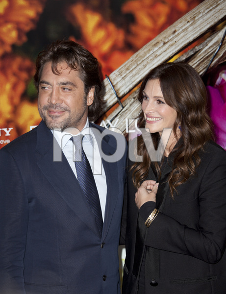 """Eat Pray Love"" Premiere Julia Roberts, Javier Bardem8-10-2010 / Ziegfeld Theater / New York NY / Columbia Pictures / Photo by Lauren Krohn - Image 23957_0022"