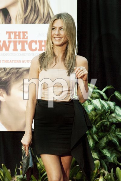 """""""The Switch"""" Jennifer Aniston8-16-2010 / ArcLight Theater / Hollywood CA / Miramax Films / Photo by Annabel Park - Image 23966_0060"""