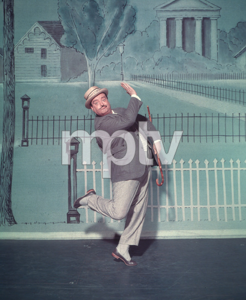 "Jackie Gleason in character for the Broadway musical ""Take Me Along"" 11/2/59 © 2001 Mark Shaw - Image 2397_0037"