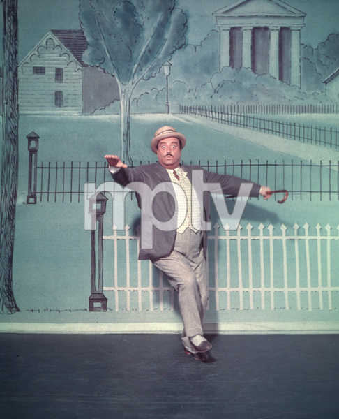 "Jackie Gleason in character for the Broadwaymusical ""Take Me Along"" 11/2/59 © 2001 Mark Shaw - Image 2397_0038"