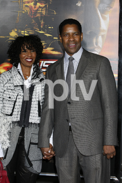 """Unstoppable"" Premiere Pauletta Washington, Denzel Washington10-26-2010 / Regency Village Theater / Westwood CA / Twentieth Century Fox / Photo by Eleonora Ghioldi - Image 23986_0099"