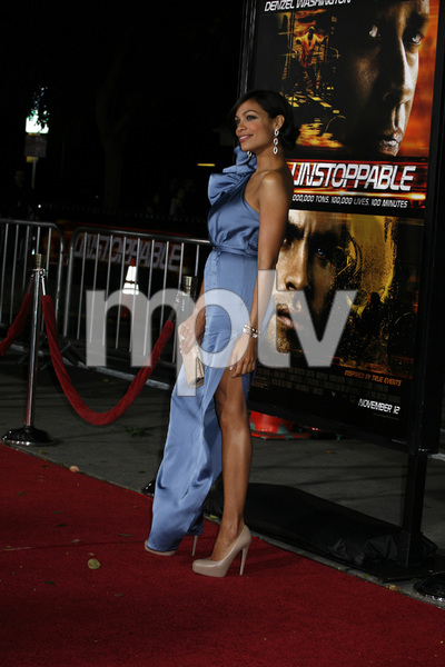 """Unstoppable"" Premiere Rosario Dawson10-26-2010 / Regency Village Theater / Westwood CA / Twentieth Century Fox / Photo by Eleonora Ghioldi - Image 23986_0104"