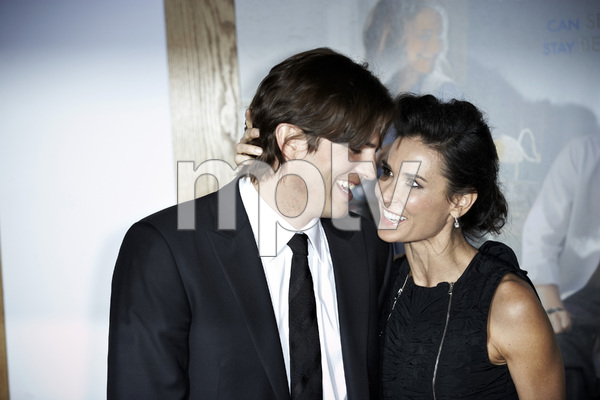 """""""No Strings Attached"""" PremiereAshton Kutcher and Demi Moore1-11-2011 / Regency Village Theater / Westwood CA / Paramount Pictures / Photo by Benny Haddad - Image 24006_0038"""