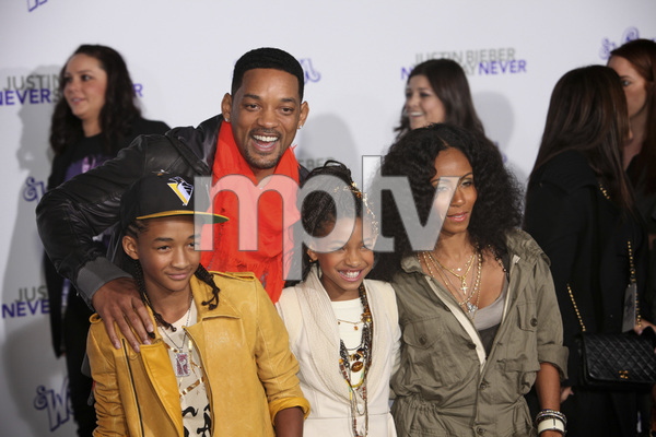 """""""Justin Bieber: Never Say Never"""" Premiere Will Smith, Jada Pinkett Smith, Jaden Smith, Willow Smith 2-8-2011 / Nokia Theater L.A. Live / Paramount Pictures / Los Angeles CA / Photo by Imeh Akpanudosen - Image 24016_0476"""