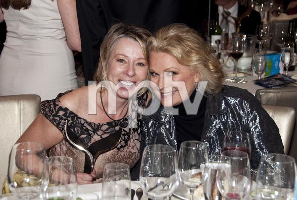"""2011 Writers Guild Awards""Diane English, Candice Bergen02-05-2011 / Renaissance Hollywood Hotel / Hollywood, CA © 2011 Michael Jones - Image 24018_0008"