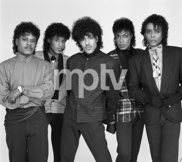 """The Deele""Darnell ""Dee"" Bristol, Kenny ""Babyface"" Edmonds, Carlos ""Satin"" Greene, Antonio ""L.A."" Reid, Kevin ""Kayo"" Roberson 1985 © 1985 Bobby Holland - Image 24025_0007"