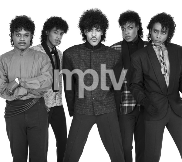 """The Deele""Darnell ""Dee"" Bristol, Kenny ""Babyface"" Edmonds, Carlos ""Satin"" Greene, Antonio ""L.A."" Reid, Kevin ""Kayo"" Roberson 1985 © 1985 Bobby Holland - Image 24025_0008"