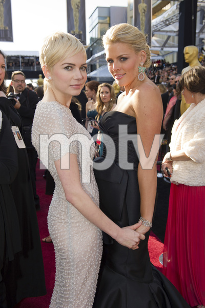 """""""The Academy Awards - 83rd Annual"""" (Arrivals) Michelle Williams, Busy Philipps02-27-2011 Photo by Richard Harbaugh © 2011 A.M.P.A.S. - Image 24036_0170"""