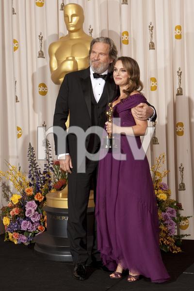 """The Academy Awards - 83rd Annual"" (Press Room) Jeff Bridges, Natalie Portman2-27-2011Photo by Rick Salyer © 2011 A.M.P.A.S. - Image 24036_0288"