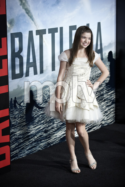 """Battle: Los Angeles"" Premiere  Jadin Gould, , Joey King3-8-2011 / Columbia Pictures / Regency Village Theater / Westwood CA / Photo by Benny Haddad - Image 24037_0060"