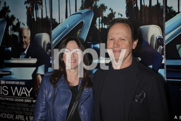 """""""His Way"""" Premiere Janice Goldfinger, Billy Crystal 3-22-2011 / HBO / Paramount Theater / Hollywood CA / Photo by Imeh Akpanudosen - Image 24043_0144"""