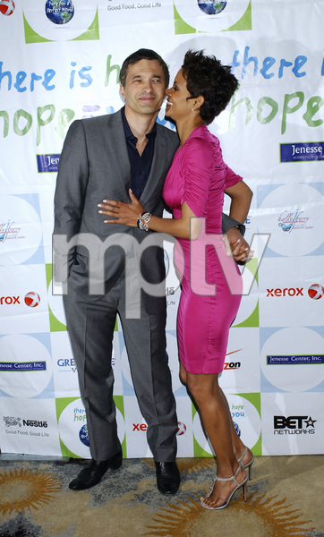 """""""Jenesse Silver Rose Luncheon""""     Olivier Martinez, Halle Berry4-17-2011 / Beverly Hills Hotel / Beverly Hills CA / Photo by Gary Lewis - Image 24054_0023"""