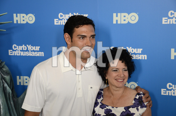 """""""Curb Your Enthusiasm"""" PremiereMark Sanchez, Susie Essman7-6-2011 / Time Warner Screening Room / New York NY / HBO / Photo by Eric Reichbaum - Image 24075_0158"""