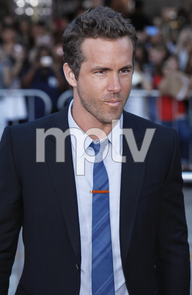 """""""The Change-Up"""" Premiere Ryan Reynolds8-1-2011 / Village Theater / Westwood CA / Universal Pictures / Photo by Imeh Akpanudosen - Image 24087_0097"""