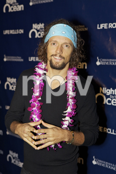 """8th Annual Nigh by the Ocean Gala"" Jason Mraz9-15-2011 / Ritz-Carlton / Marina Del Rey / Life Rolls On Foundation / Photo by Kristin Kirgan - Image 24115_0087"