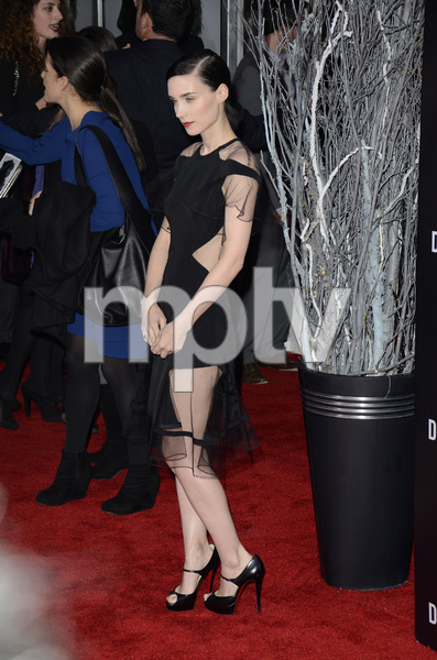 """""""The Girl with the Dragon Tattoo"""" Premiere Rooney Mara12-14-2011 / Ziegfeld Theater / New York NY / Sony Pictures / Photo by Eric Reichbaum - Image 24142_0149"""