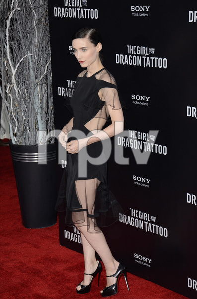 """The Girl with the Dragon Tattoo"" Premiere Rooney Mara12-14-2011 / Ziegfeld Theater / New York NY / Sony Pictures / Photo by Eric Reichbaum - Image 24142_0156"