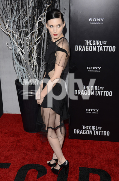 """The Girl with the Dragon Tattoo"" Premiere Rooney Mara12-14-2011 / Ziegfeld Theater / New York NY / Sony Pictures / Photo by Eric Reichbaum - Image 24142_0168"
