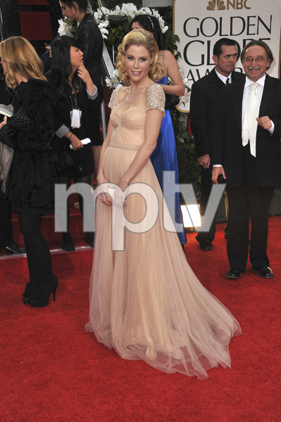 """The Golden Globe Awards - 69th Annual"" (Arrivals) Julie Bowen1-15-2012 © 2012 Jean Cummings - Image 24150_0294"