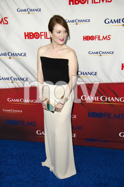 """Game Change"" PremiereJulianne Moore3-7-2012 / Ziegfeld Theater / HBO / New York NY / Photo by Eric Reichbaum - Image 24183_0118"