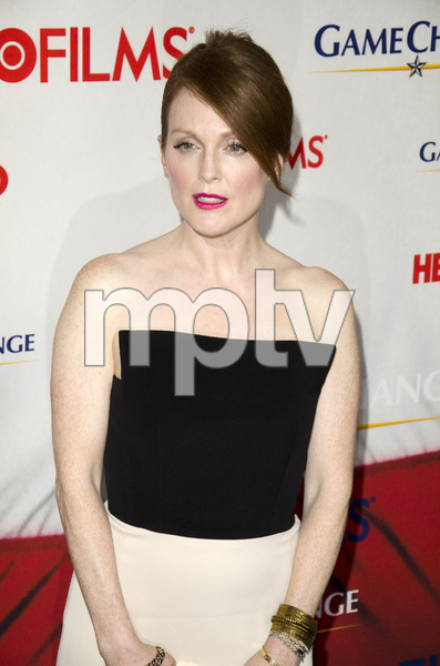 """""""Game Change"""" PremiereJulianne Moore3-7-2012 / Ziegfeld Theater / HBO / New York NY / Photo by Eric Reichbaum - Image 24183_0124"""