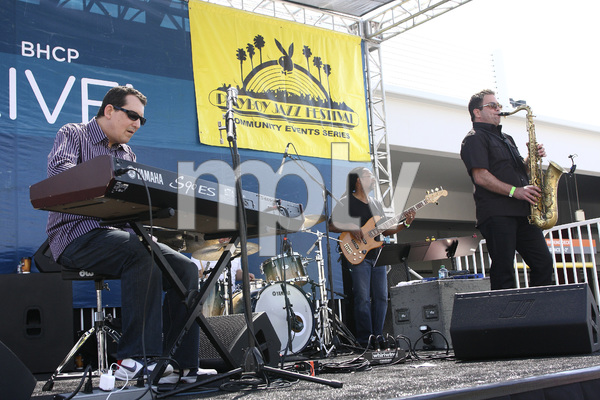 Jeff Lorber performing live at Baldwin Hills Crenshaw Plaza (pre-Playboy jazz concert) 05-27-2012© 2012 Michael Jones - Image 24222_0004