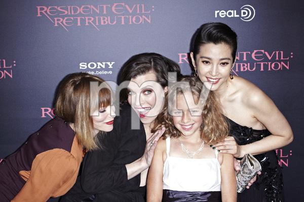 """Resident Evil: Retribution"" Premiere Milla Jovovich, Sienna Guillory, Aryana Engineer, Bingbing Li9-12-2012 / Regal Cinemas L.A. Live / Screen Gems / Los Angeles CA / Photo by Benny Haddad - Image 24252_0114"