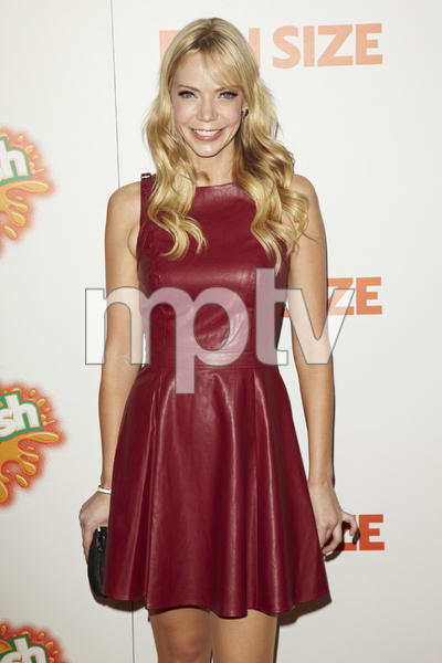 """""""Fun Size"""" PremiereRiki Lindhome10-25-2012 / Paramount Theater / Hollywood CA / Paramount Pictures / Photo by Kevin Kozicki - Image 24257_0063"""
