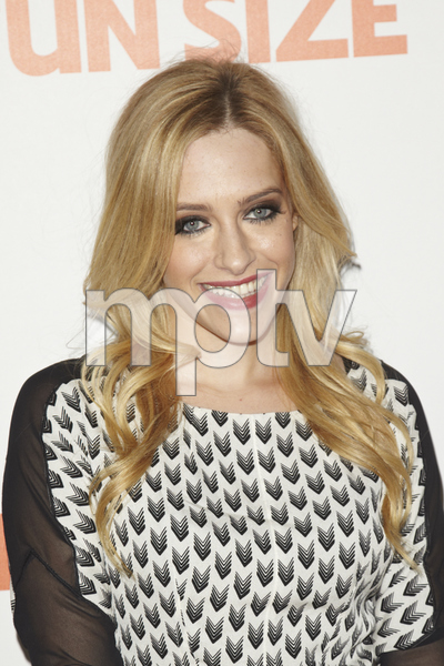 """""""Fun Size"""" PremiereCarly Chaikin10-25-2012 / Paramount Theater / Hollywood CA / Paramount Pictures / Photo by Kevin Kozicki - Image 24257_0075"""