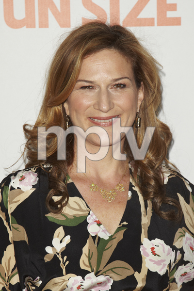 """""""Fun Size"""" PremiereAna Gasteyer10-25-2012 / Paramount Theater / Hollywood CA / Paramount Pictures / Photo by Kevin Kozicki - Image 24257_0105"""