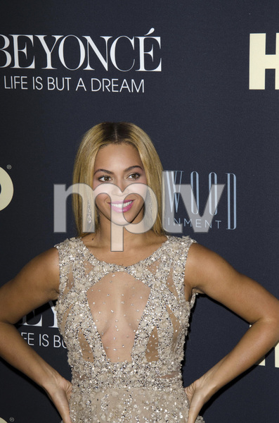 """""""Beyonce: Life is But a Dreamî PremiereBeyonce Knowles2-12-2013 / Ziegfeld Theater / New York NY / HBO / Photo by Eric Reichbaum - Image 24261_041"""