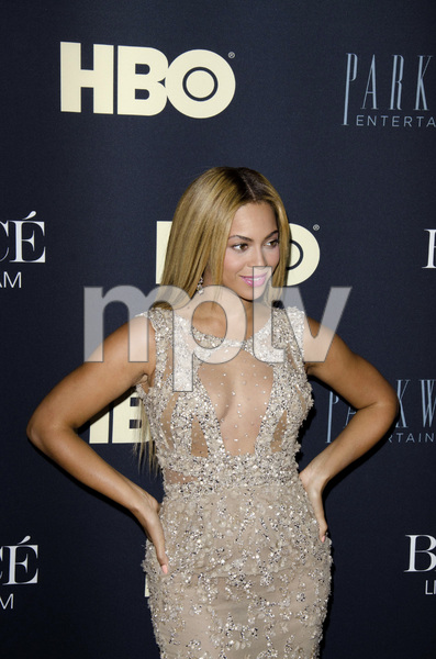"""""""Beyonce: Life is But a Dreamî PremiereBeyonce Knowles2-12-2013 / Ziegfeld Theater / New York NY / HBO / Photo by Eric Reichbaum - Image 24261_046"""